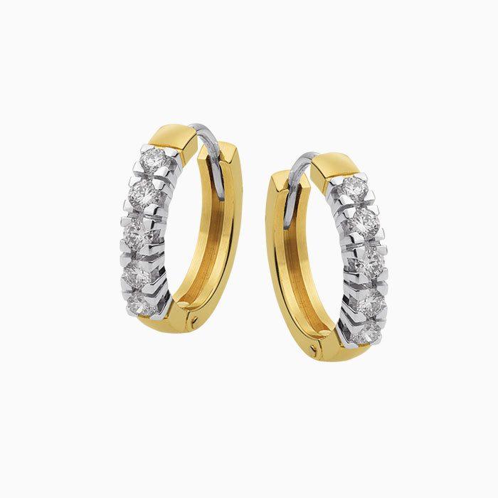Gouden creolen met 0,50 crt. diamant