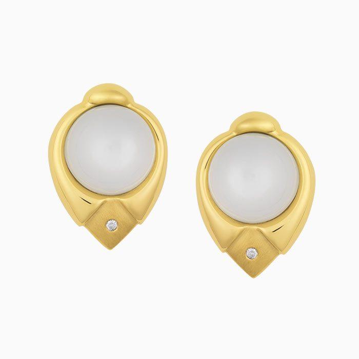 OK2019/3 Gouden oorknoppen met maansteen en diamant