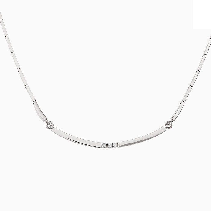 C101 witgouden collier met diamant