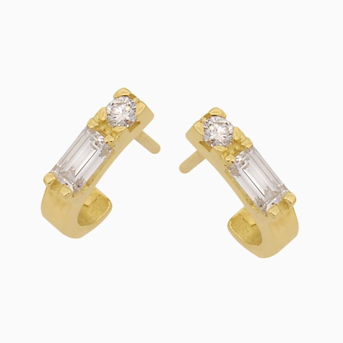 ok1014 gouden baguette oorknoppen met diamant