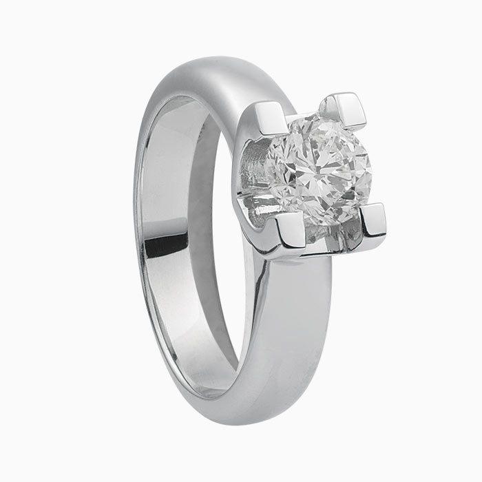 r22 zeer exclusieve ring met 1,00 crt. briljant