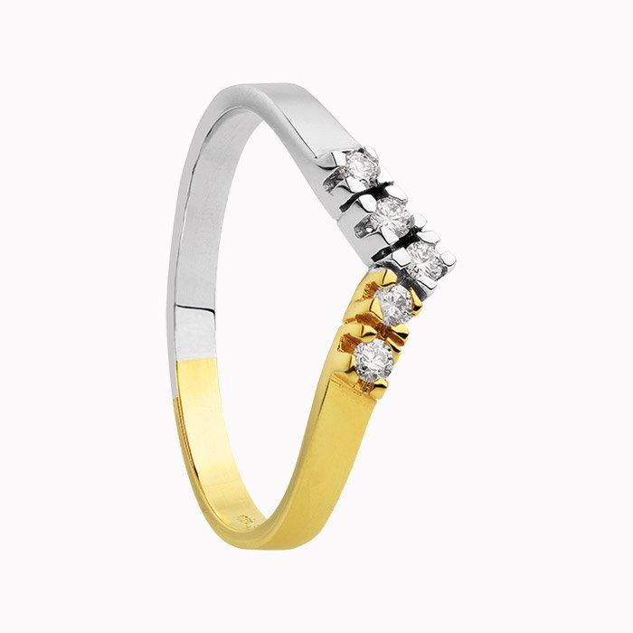 Gouden ring met 0,15 crt. diamant