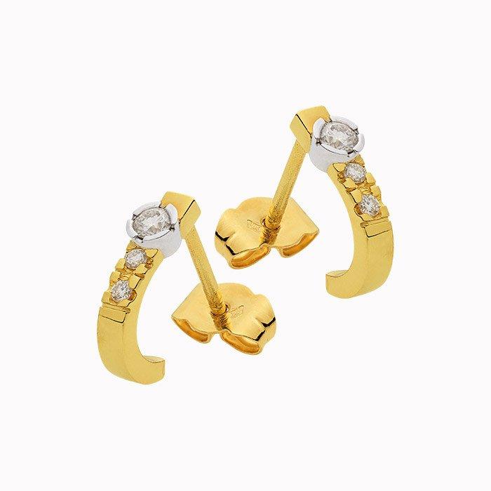 Gouden oorknoppen met 0,20 crt diamant